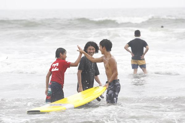 130714_13_SURFIN.jpg